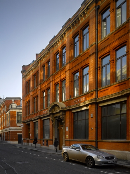 Howick Place Fashion & Design Centre